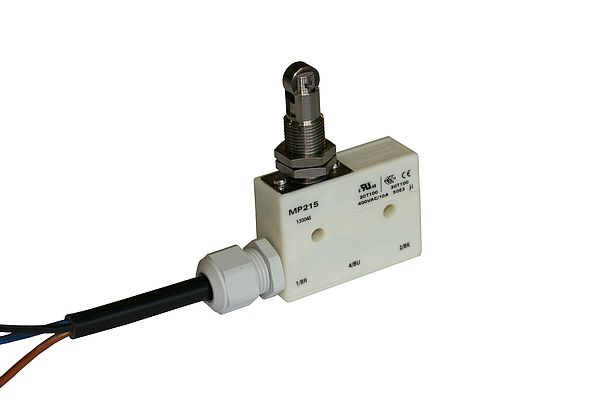 IP68 sealed micro switch MP215 with potted cable for 15A