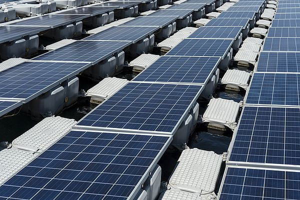 Global Downturn for Solar Clean Energy Investments