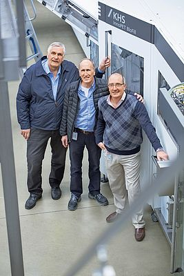 A dedicated team (from left to right): Jorge Oleskow, KHS Argentina, with Reginald Lee's plant manager Juan José Basso and production manager Orlando Diz