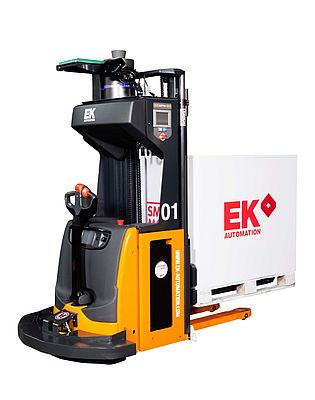 Fully automated serial fork lift truck