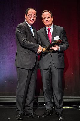 Schaeffler Receives Gold Award From Toyota Motor Europe