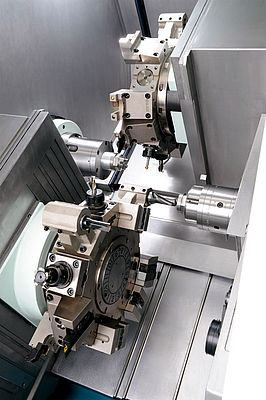 The turning centers from Biglia have two spindles and two independent tool turrets for simultaneous machining.