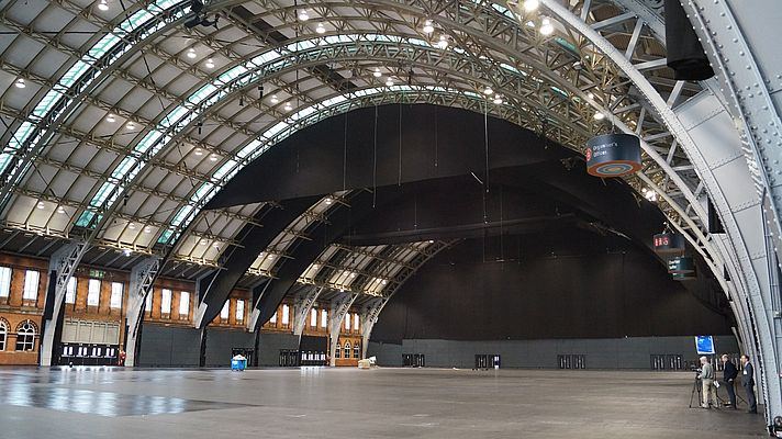 The project focussed on the ventilation system for the main hall, covering 10,000m².
