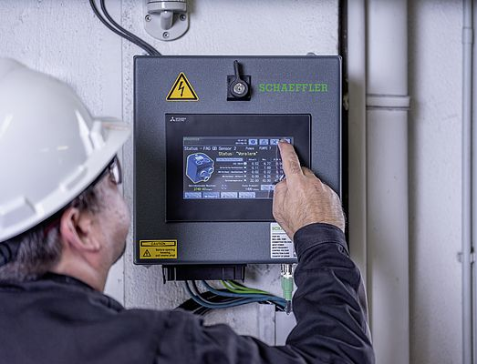 The Schaeffler solution comprises five SmartQB fixed CM systems coupled with 27 SmartCheck sensors