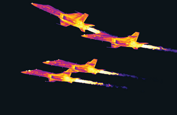 Stop motion image of FA-18 Hornets from a FLIR InSb cooled thermal camera
