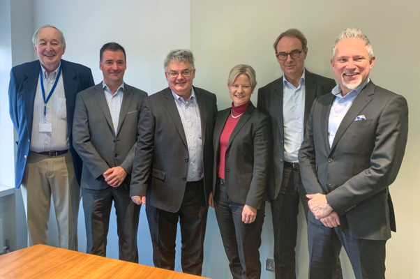 From left to right: Tom Hughes (Former Chairman), Philip Duffy (CFO) & Henry Brankin (MD) from Virtual Access, accompanied by Jenny Sjödahl (CEO, Westermo), Per Samuelsson (CEO, Beijer Group) and Joakim Laurén (CFO, Beijer Group).
