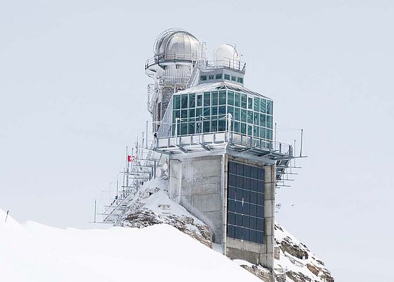 "The High Altitude Research Station, ""Sphinx,"" is located on the Jungfraujoch—in the Swiss Alps—at an altitude of 3580 msl."