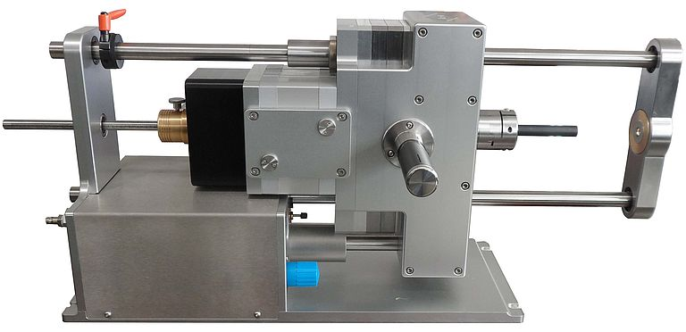 High-precision cutting machine for shielding and braid on cables and leads: The electro-pneumatic Beri.Co.Cut - V3 cuts cleanly and reliably whilst reducing power requirements - the shielding of high-voltage cables in particular