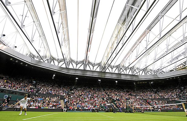 Wimbledon's Roof Glides With Energy Chains