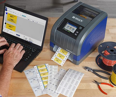 Print a wide range of labels and signs