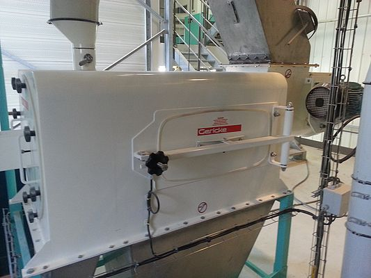 Gericke centrifugal sifting machine