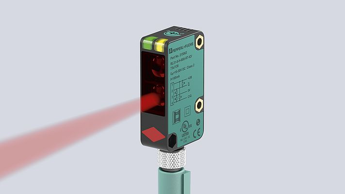 A flexible cost-saver and communication talent – the RL31 measuring photoelectric sensor with IO-Link interface