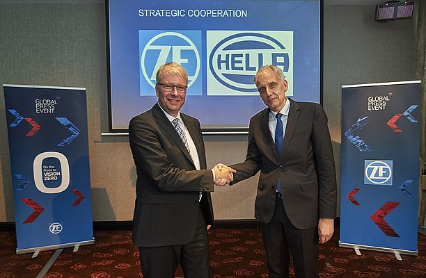 Partnership strategica tra ZF e HELLA
