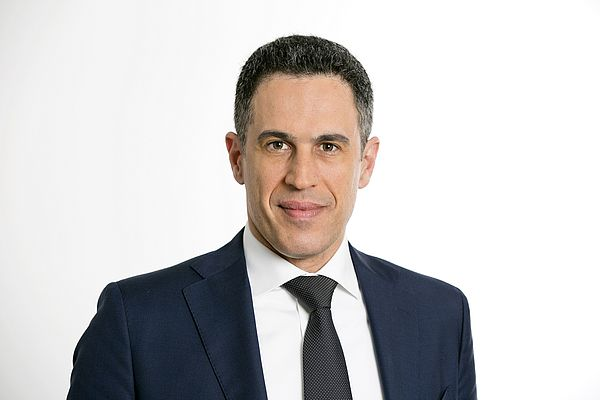 Emmanouel Raptopoulos è stato in precedenza SAP Regional Chief Operating Officer per EMEA South Europe Middle East e Africa