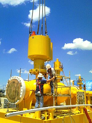 Large subsea actuator