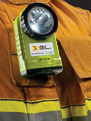 Peli 3765Z0 – Zone 0 Rechargeable Right Angle Torch