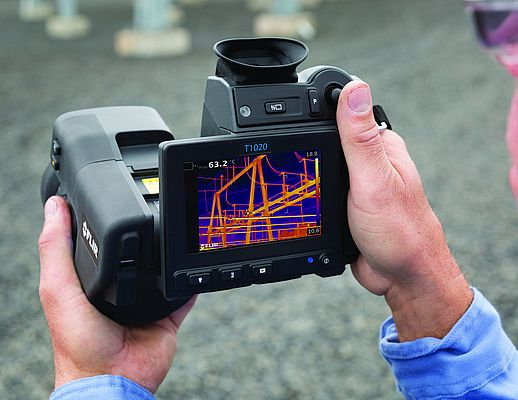 FLIR T-Series thermal imaging cameras provide the resolution and range needed to accurately measure electrical hot spots, even from a distance.