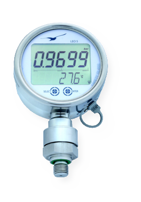 LEO 5 manometer with data logger, including peak value detection with 5 kHz logging frequency, durable steel housing with safety glass and touch operation
