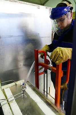 The testing of cryogenic valves down to -196°Celsius